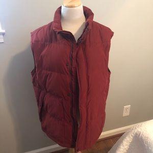 Eddie Bauer maroon vest